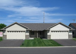 Patio Twin Home: 3 bed, 1 bath home